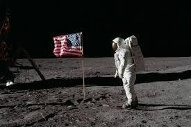 eerste man op de maan